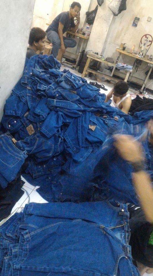 proses finishing konveksi celana jeans bandung
