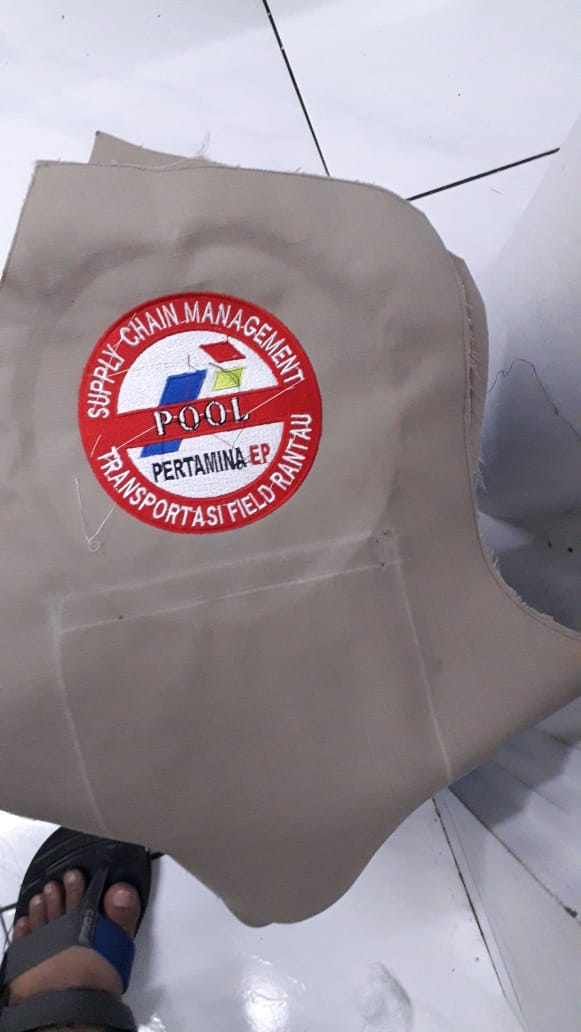 Potongan bahan kemeja tactical pertamina setelah dibordir